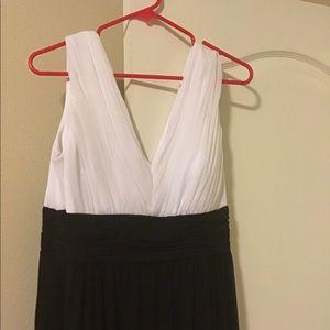 Marina women's long formal dress 12 sleeveless new